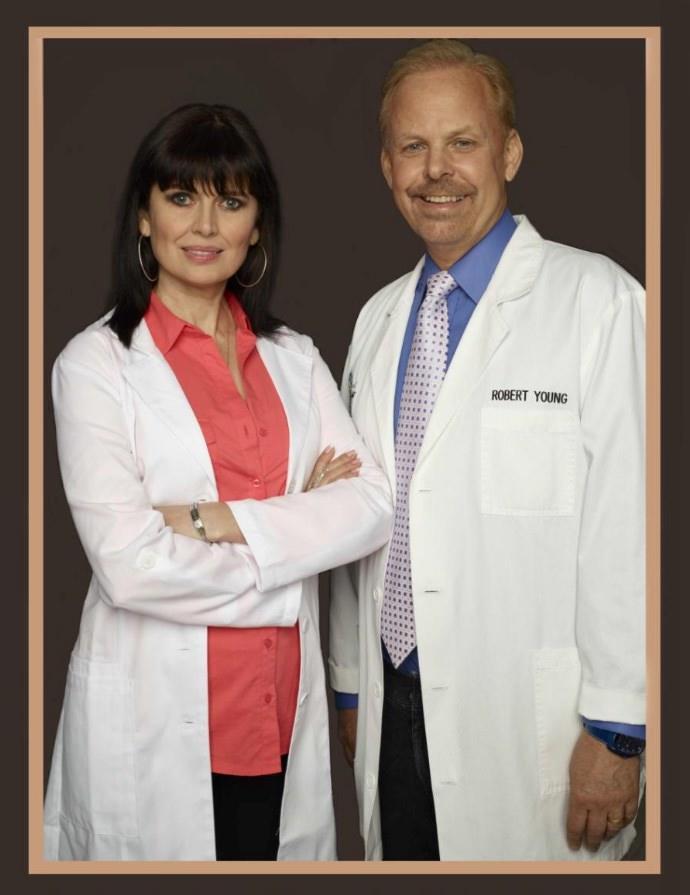 Dr-Robert-Young-and-Dr-Galina-Migalko